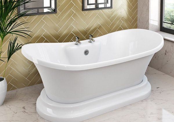 The Bath Co. Beaumont traditional freestanding bath